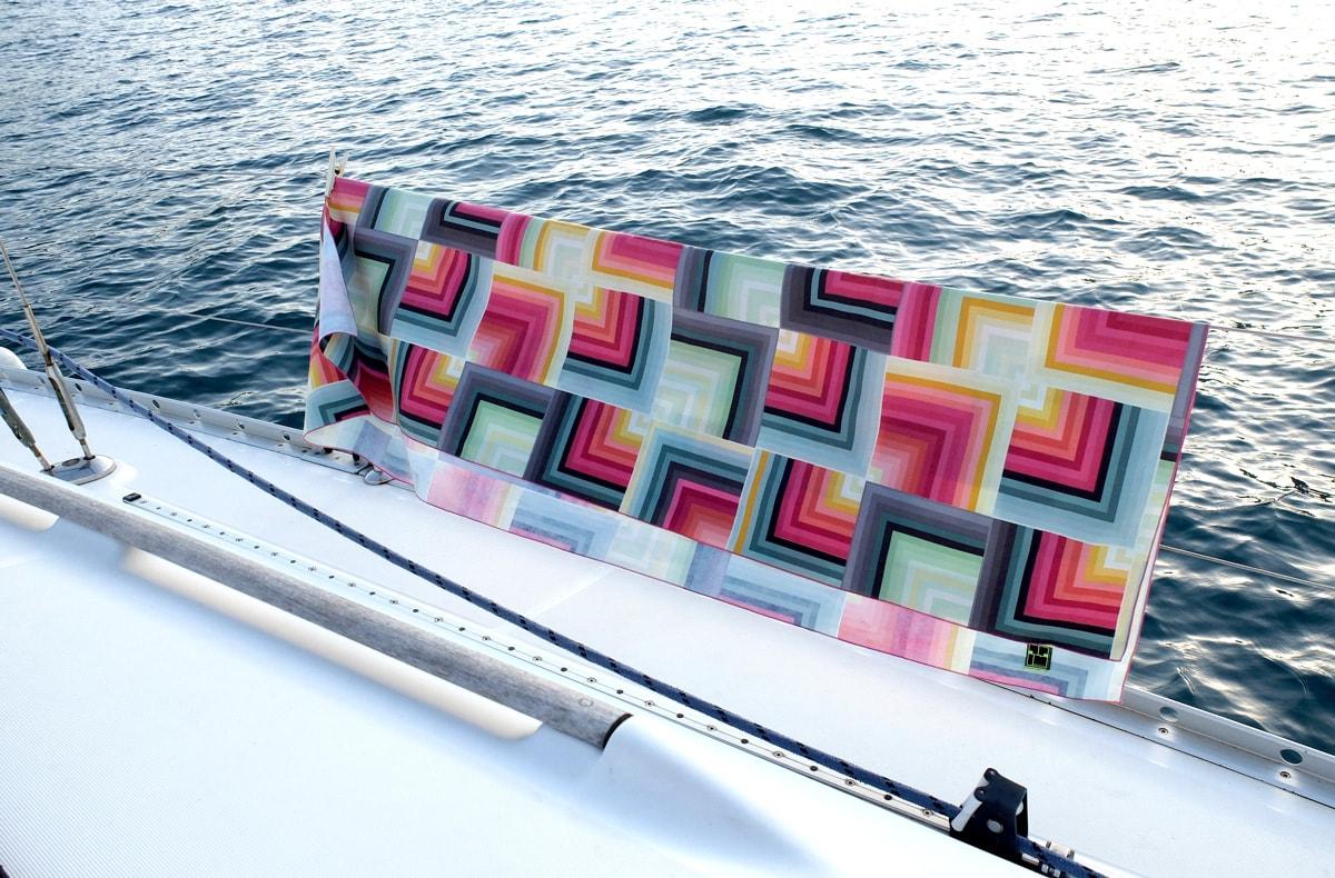 GEOMETRIC  -Pimp My Towel – Telo in microfibra DrySecc leggero e performante.